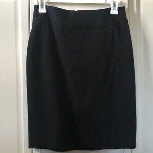Like New Banana Republic Black Pencil Skirt 0P